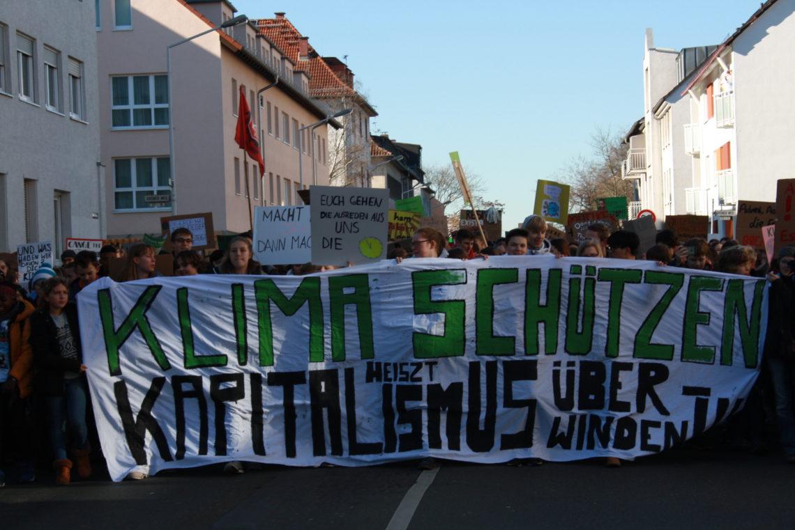 Demonstration 15.02.